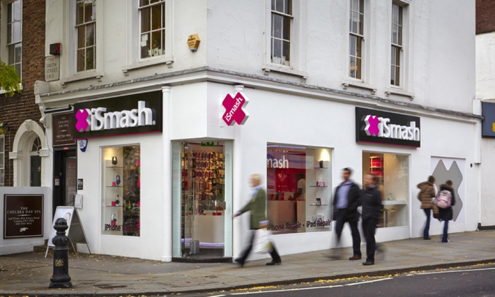 UK Ismash Phone Repair Store Design