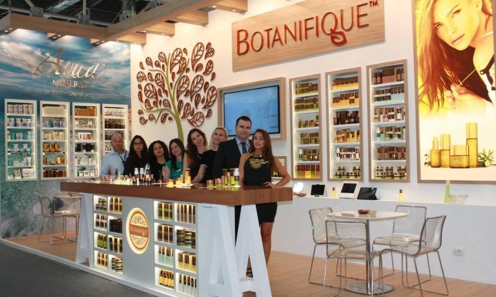 Aqua Mineral Botanifique Cosmoprof Exhibition Display Design