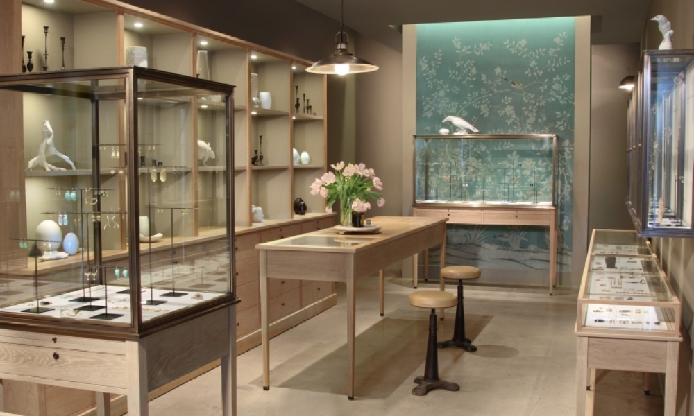 August Jewelry Shop Design